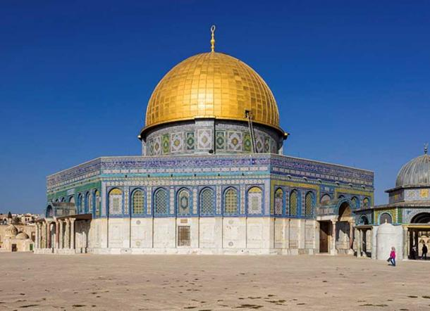 The ambitious Muslim builders of The Dome of the Rock replaced an earlier wooden structure. (CC BY-SA 4.0)