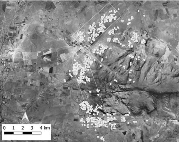 The ancient homesteads at Suikerbosrand are shown against an aerial photograph from 1961. The two rectangles show the footprint of the LiDAR imagery. (Karim Sadr / University of the Witwatersrand)