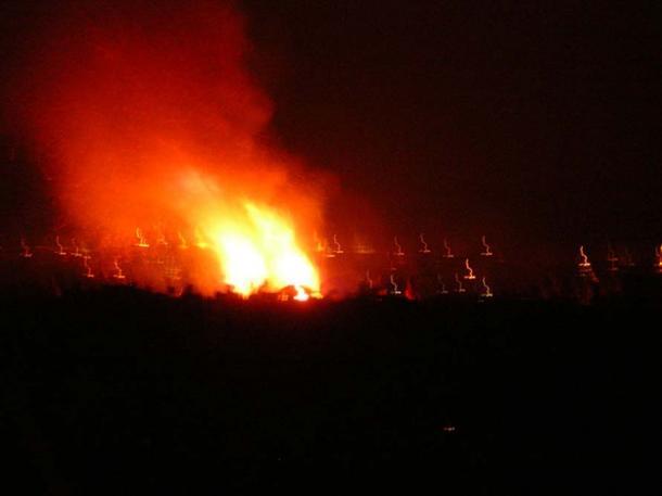 The bonfire lit to welcome Beltane morning. Edinburgh 2008. (Public Domain)