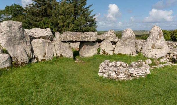 The burial chamber is accessed through an entrance with two jamb stones topped by a lintel stone. Credit: Ioannis Syrigos