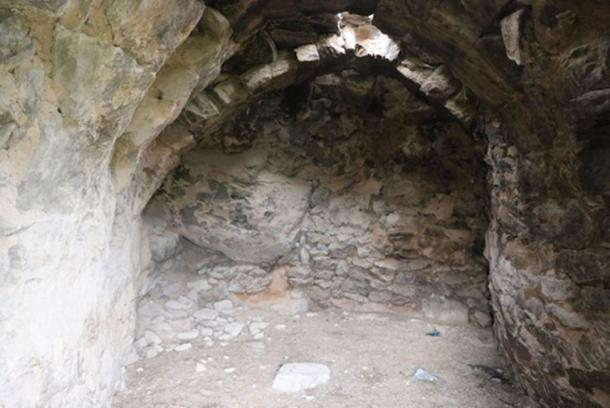 The carvings were found in a barn that had been used for cattle. (Yücel Şenyurt / Fair Use)