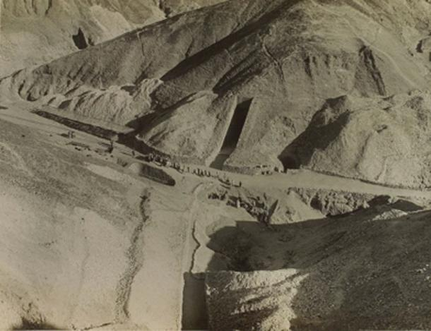 The discovery of the Tomb of Tutankhamun was made where the team was camped. (Einsamer Schütze / Public Domain)