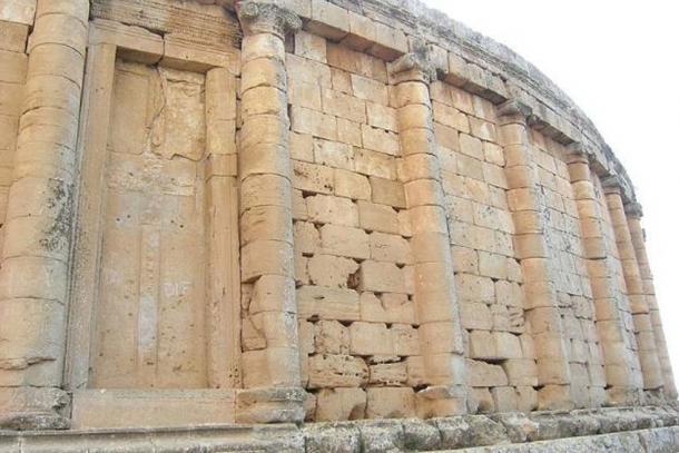 The false door with a cross-shape on the Royal Mausoleum of Mauretania.