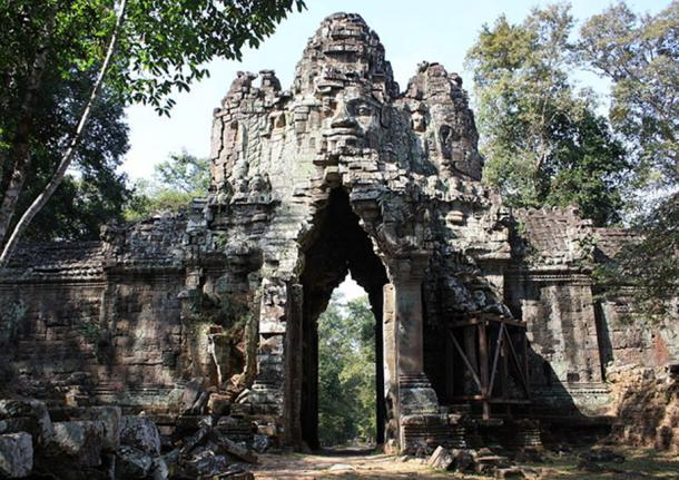 The five entry towers or gates are the most photographed of all the ancient Cambodian ruins. Each tower rises 75 feet to the sky and is crowned with four heads, one facing each direction