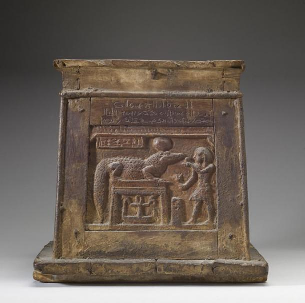 The front of this box shows a king making an offering to the crocodile-god Sobek. Above the scene is an inscription in demotic. The box may have been used in temple rituals. (Walters Art Museum / Public Domain)