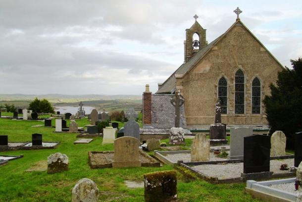The graveyard at the Sacred Heart Church at Boho where the grave of Reverend James McGirr contains 'healing soil' (public domain)