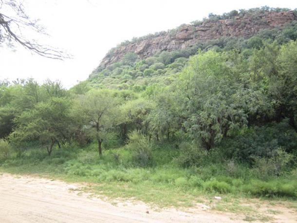 The hills that house Livingstone Cave/ Kebokwe's Cave. (mmakatey)