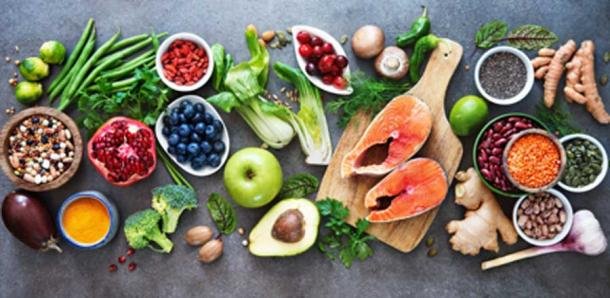 The human body needs a diet of water, lean organic meats and fish, fresh leaves, nuts and fruit. (Alexander Raths / Adobe Stock)