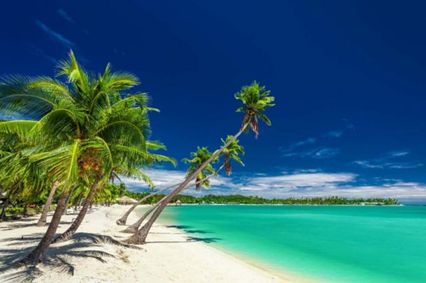 The iconic white beaches of Fiji. (Martin Valigursky / Adobe Stock)