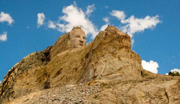The large scale statue of Crazy Horse, in progress on the mountainside. (Kent Kanouse / CC BY-SA 2.0)