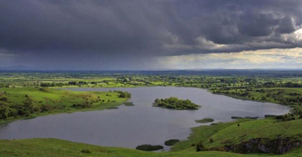 The magical landscape of Lough ('Lake') Gur (CC by SA / Diarmuid)