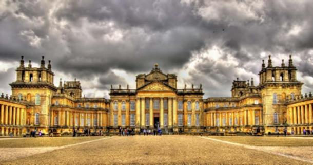 The magnificent Blenheim Palace, Oxfordshire, England (Leonid Andronov / Adobe Stock)