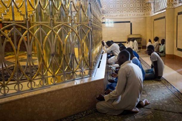 The mausoleum of Sheikh Ahmadou Bamba. (Photo by Ummahwide)