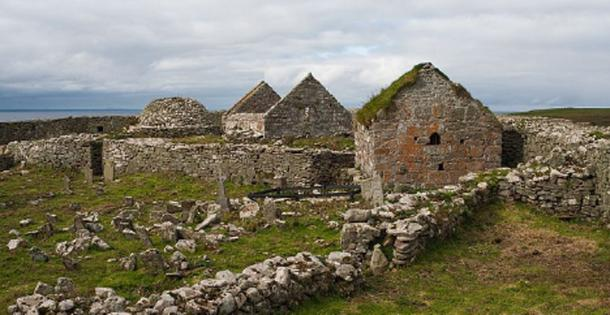 The ruins of the monastery at Inishmurray, Ireland. The site has a unique set of cursing stones. (AFBorchert / CC BY-SA 4.0)