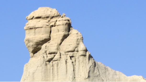 The shape of the Sphinx of Balochistan is very close to the design and proportions of the Egyptian Sphinx. (Image: CC BY 2.0)