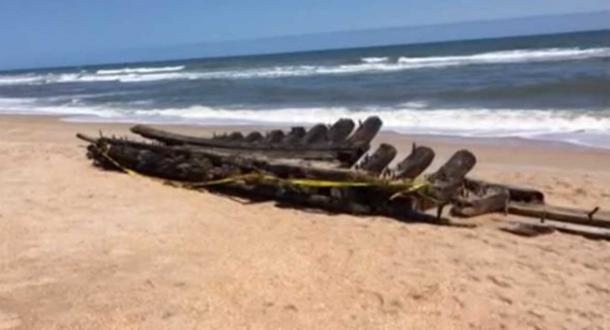 The surprising shipwreck on a Florida beach. (FirstCoastNews.com)