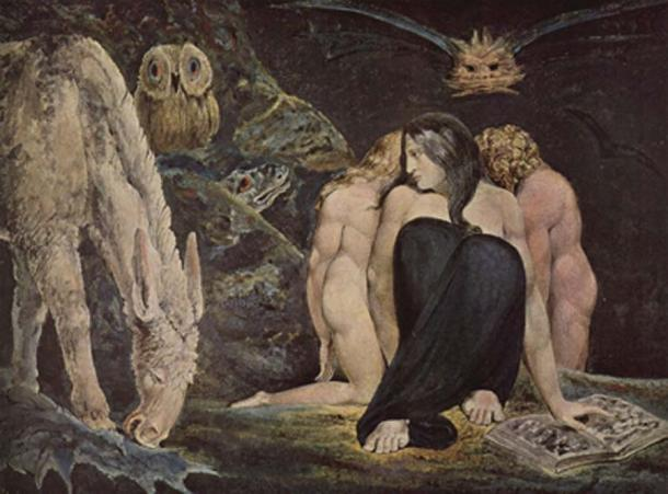 The triple Hecate, symbolic of the three phases of the moon. (Eloquence / Public Domain)