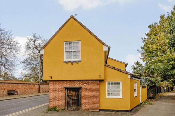The witches prison known as 'The Cage' is for sale. (Rightmove)