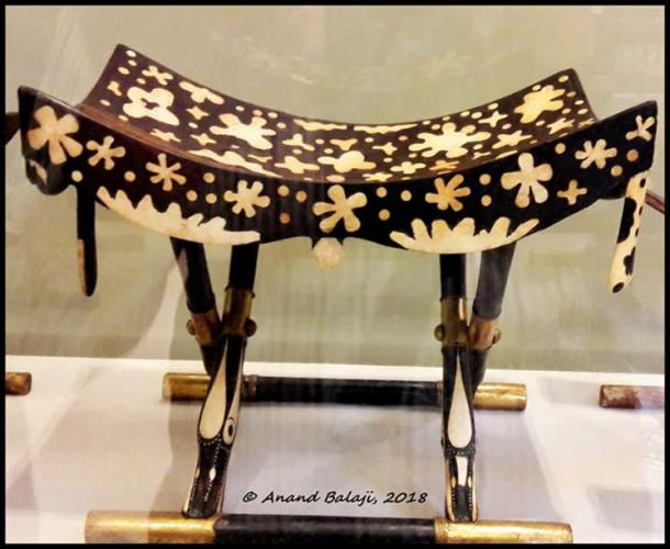 This folding stool from the Tomb of Tutankhamun is made of ebony and inlaid with ivory. The seat was created in this manner so as to imitate leopard skin. Egyptian Museum, Cairo.
