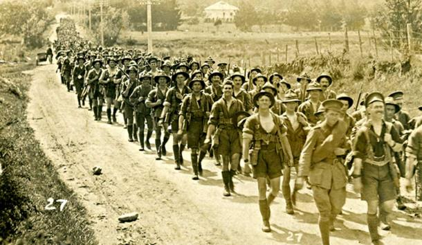 This is the New Zealand Division marching from Trentham to embark for Europe. Source  A World War 1 Story, Part 6. Hutt Valley, Wellington, New Zealand, 14 April 1916. (CC BY-SA 2.0)