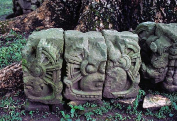 This rare photo, taken at Copán, an ancient Maya city in Honduras, reveal the details of a gearing system, which early generations may have used in buildings and at the Observatory at Chichen Itza. (Photo from Astronaut Gods of the Maya, by Erich von Däniken).