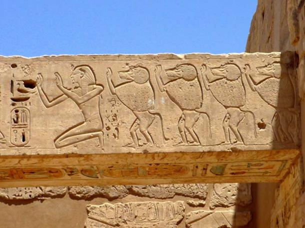 This relief from the mortuary temple of Ramesses III shows the king worshipping alongside sacred baboons. Medinet Habu, Theban Necropolis. (Photo: CC by SA 3.0 / Rémih)