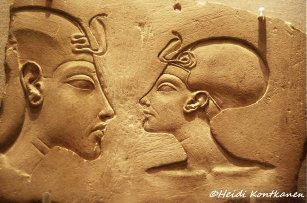 This sculptor's model, popularly known as the Wilbour Plaque, represents King Akhenaten and his consort Nefertiti in near-equal size - an unthinkable depiction in ancient Egyptian art. Brooklyn Museum, New York.