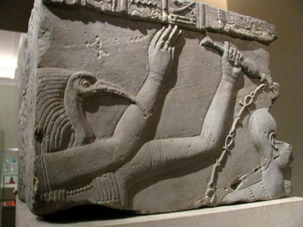Thoth, depicted on a relief.