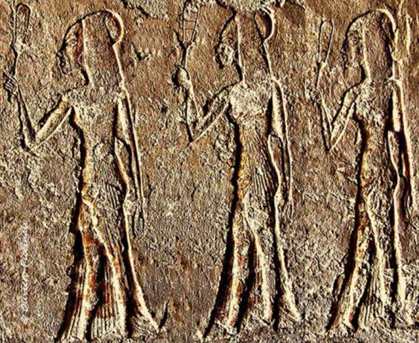 Three daughters of Pharaoh Akhenaten participate in a ceremonial procession in this wall relief from a tomb in Amarna. Barring sporadic instances, princes were, as a rule, not depicted in art until the early Nineteenth Dynasty.