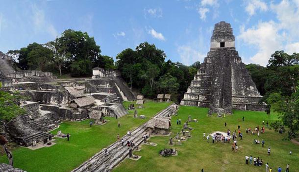 Tikal Mayan ruins Guatemala 2009. (chensiyuan/CC BY SA 3.0)