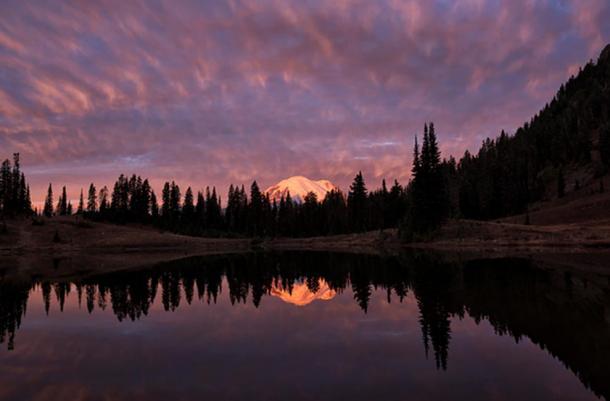 Tipsoo Lake, Mt. Rainier Nat'l Park, Washington.