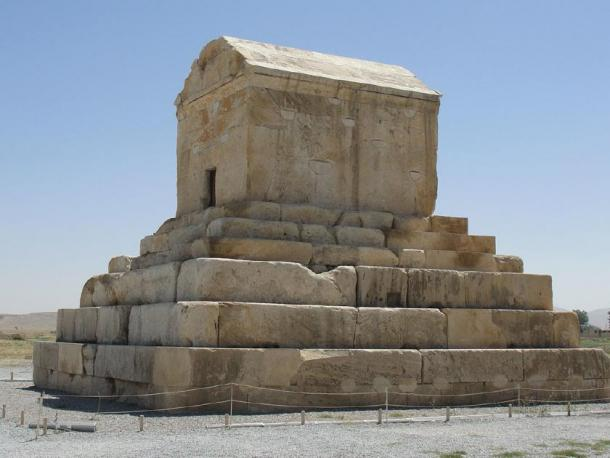 The tomb of Cyrus the Great, founder of the Achaemenid Empire. (Túrelio / CC BY-SA 3.0)