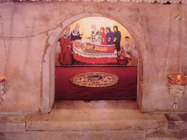 Tomb in Bari, Italy, where many researchers believe Saint Nicholas' remains are currently kept.