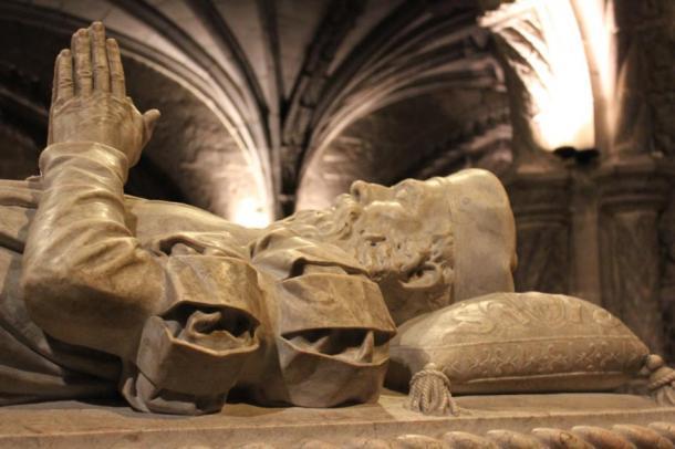 Tomb of Vasco da Gama in the Jerónimos Monastery in Belém, Lisbon. (Christine und Hagen Graf / CC BY-SA 2.0)