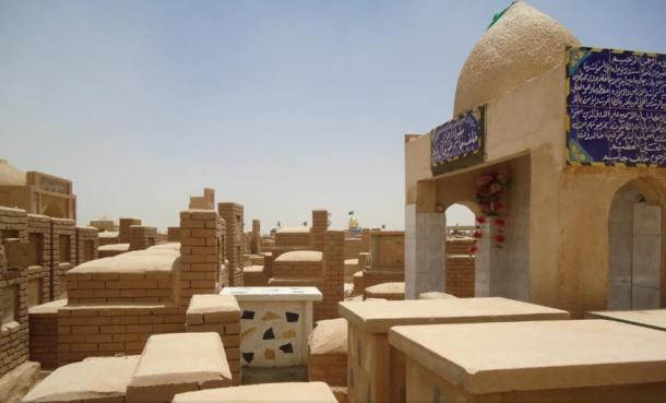 Tombs and graves at Wadi Al-Salam range from small and simple to large and elaborate