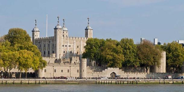 Tower of London seen from the opposite bank of river Thames (London, England). Image Credit: Carlos Delgado