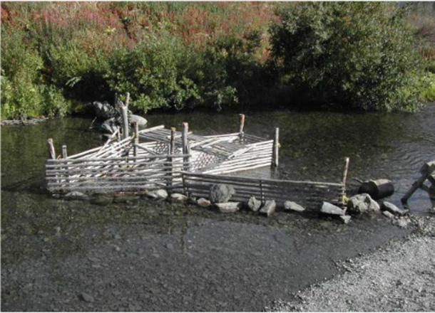Traditional weir used for trapping sockeye at Klukshu, 2003.