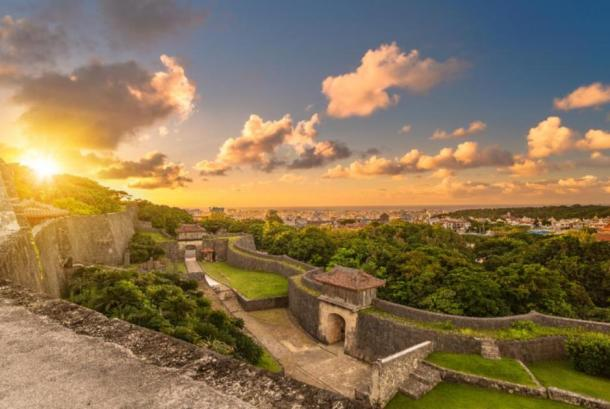 Kyukeimon gate of Shuri Castle's in the Shuri neighborhood of Naha, the capital of Okinawa Prefecture, Japan. (kuremo /Adobe Stock)
