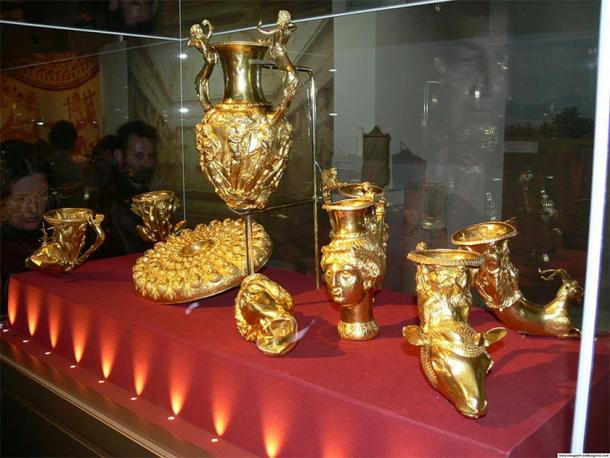 The Panagyurishte Treasure, National Museum of History in Sofia. (Nenko Lazarov / CC BY 2.5)