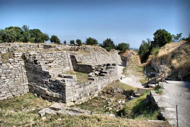 How the ruins of Troy look today. David Spender via Flickr, CC BY