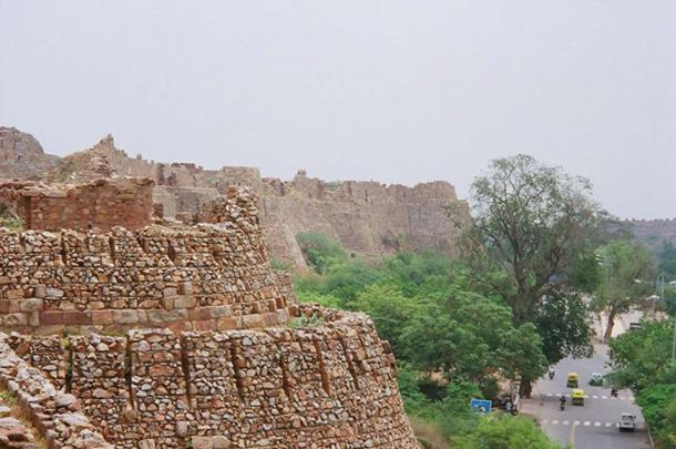 View of Tughlaqabad fort wall.