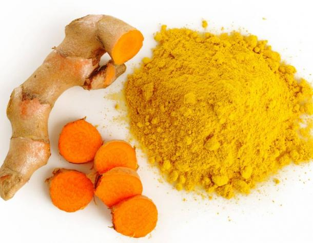 Turmeric root and turmeric powder