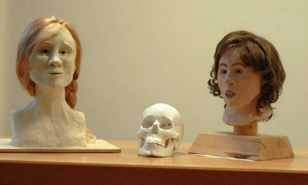 Two 3D facial reconstructions of Moora: left by Kerstin Kreutz; right by Sabine Ohlrogge, based on the reconstructed skull in the middle. (Axel Hindemith/ CC BY SA 3.0 )