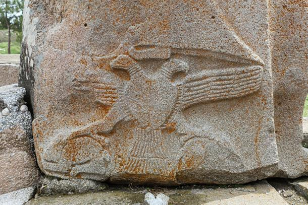 Two-headed eagle at the Sphinx Gate Alaca Höyük, Turkey. (Bgag / CC BY-SA 3.0)