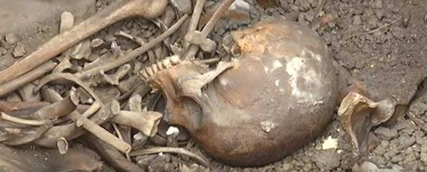 Two skeletons were found in a sarcophagus uncovered at the Viminacium archaeological site. Image: Youtube Screenshot