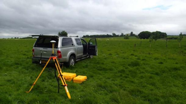 UCD undertaking bathymetric and sonar surveys in Brú na Bóinne as part of a study aimed at improving the understanding of the Brú na Bóinne area. (UCD School of Archaeology / Facebook)