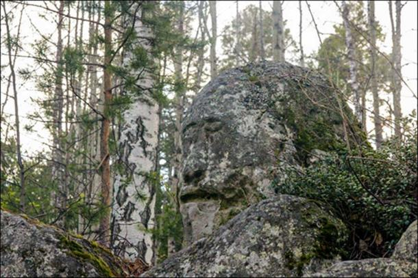 Ust-Taseyevsky ritual site, and the idol.