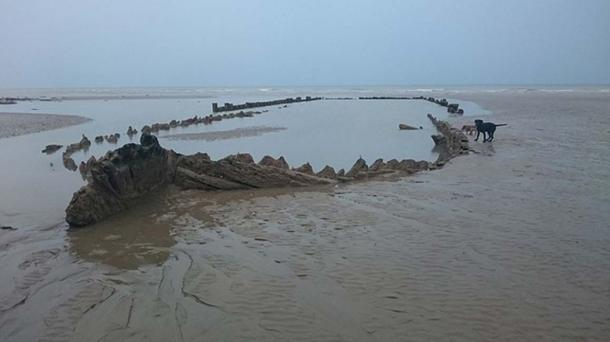 The wreck of the VOC Amsterdam as seen at low tide on the beach at Bulverhythe, St. Leonards-on-sea.