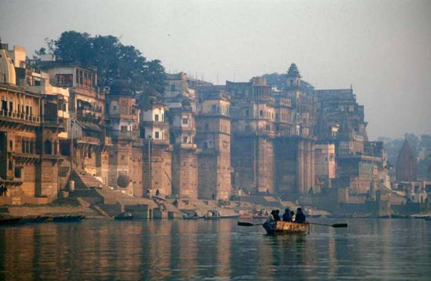 Varanasi, the spiritual heart of India (Babasteve / CC BY 2.0)