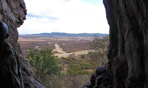 View from within Kebokwe's Cave. Source: Dave Bezaire & Susi Havens-Bezaire/CC BY NC SA 2.0